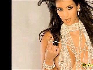 Kardashian, solo nude boobes, kim nackt